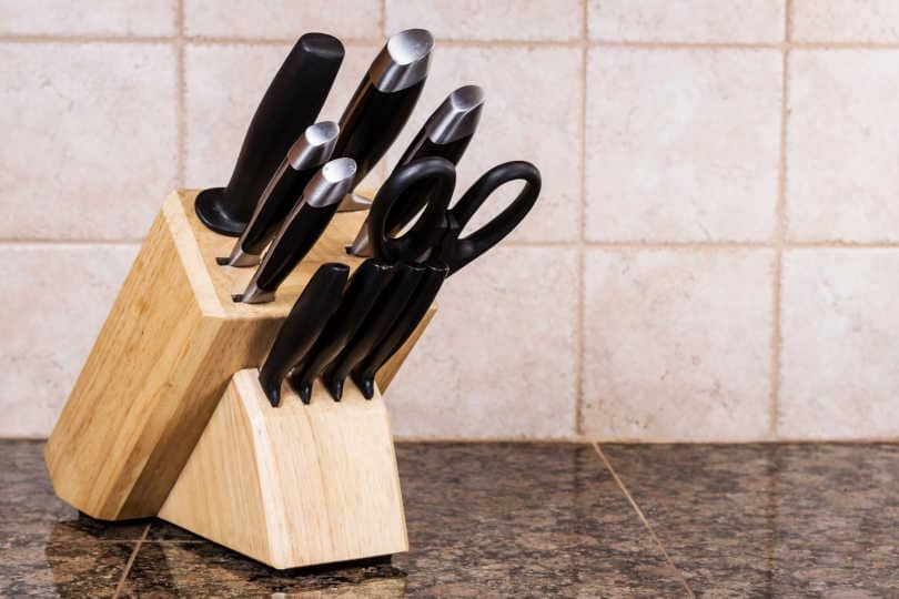 Self-Sharpening Knife Set Block with different type of knives